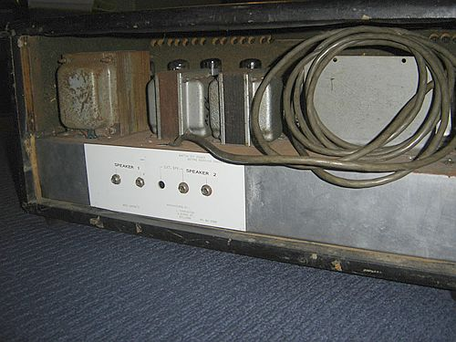 farrington-pa-amp-rear-sml-rap.jpg